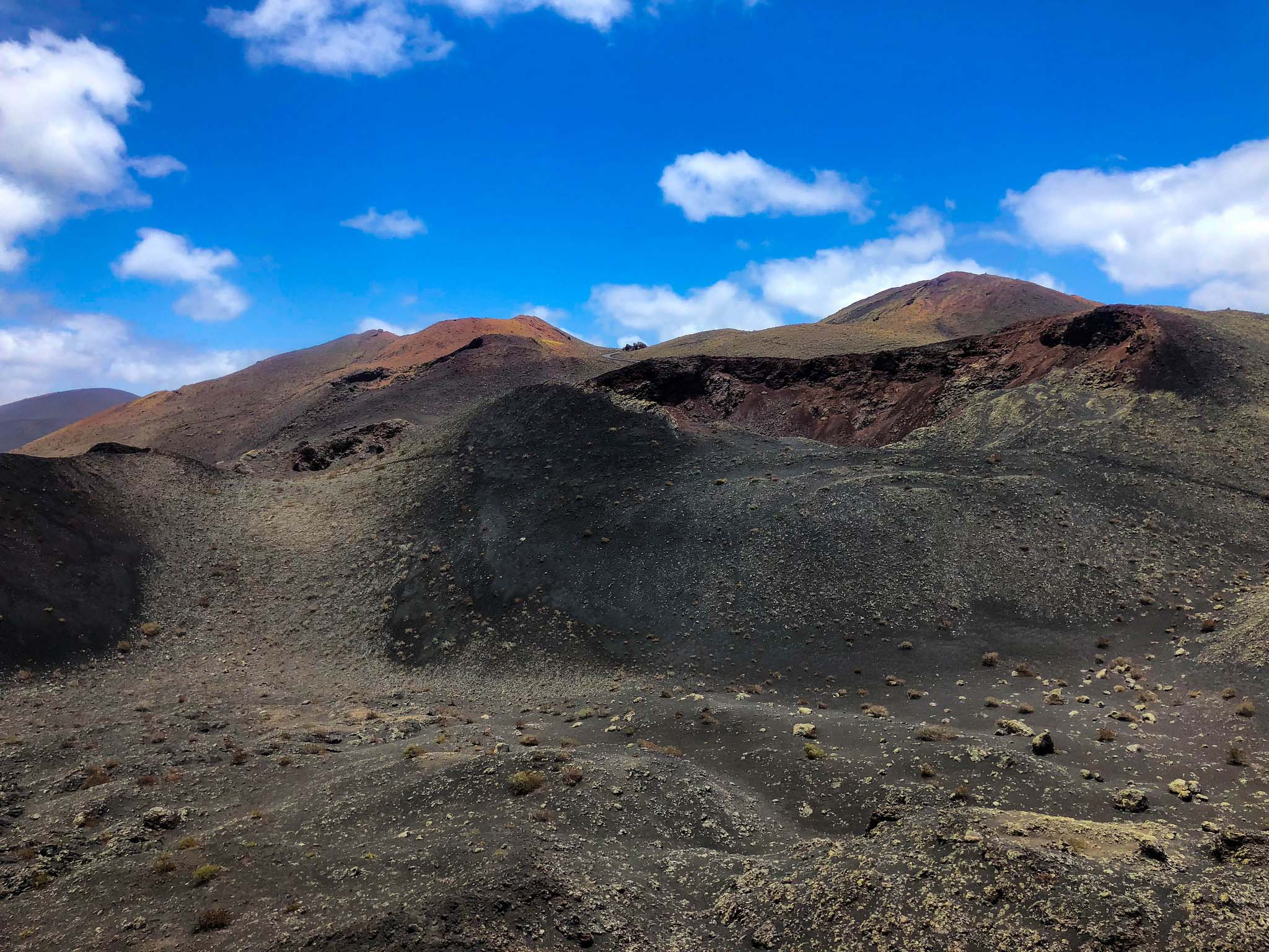 timanfaya national park volcanic rocks