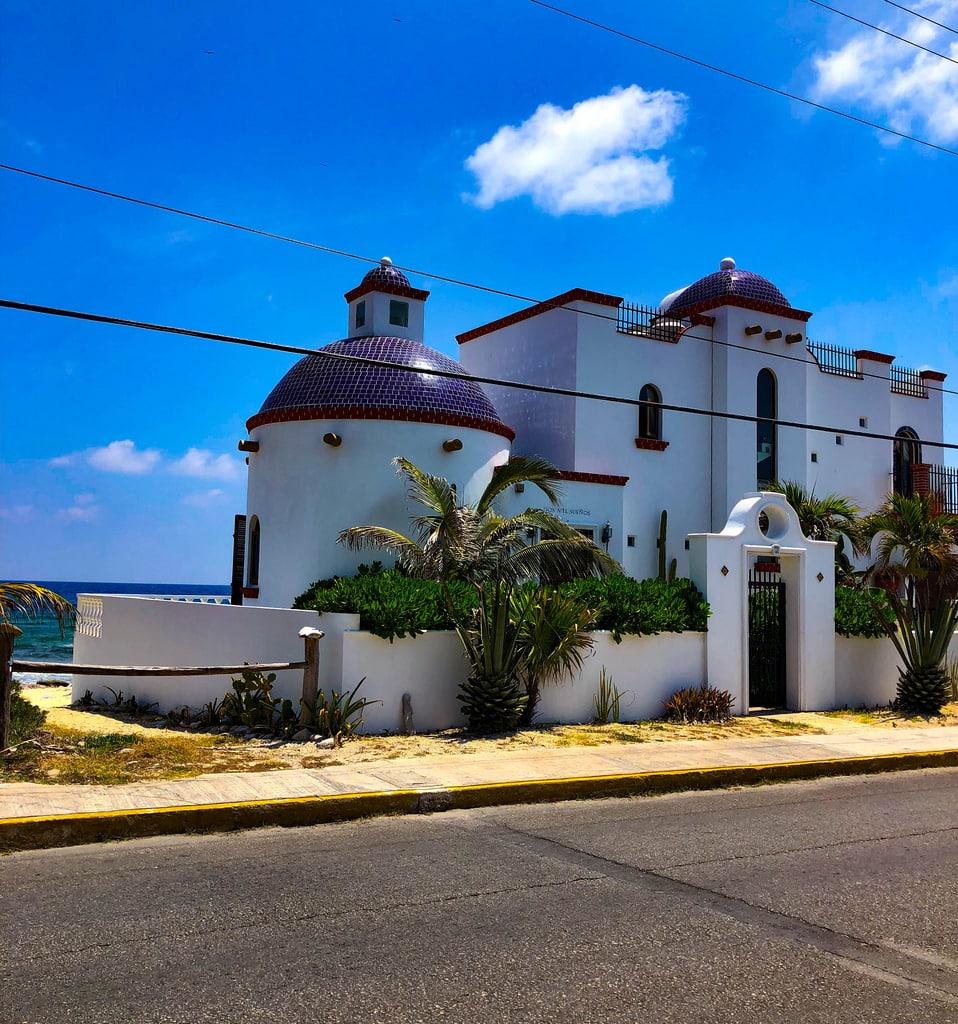 isla mujeres island architecture church