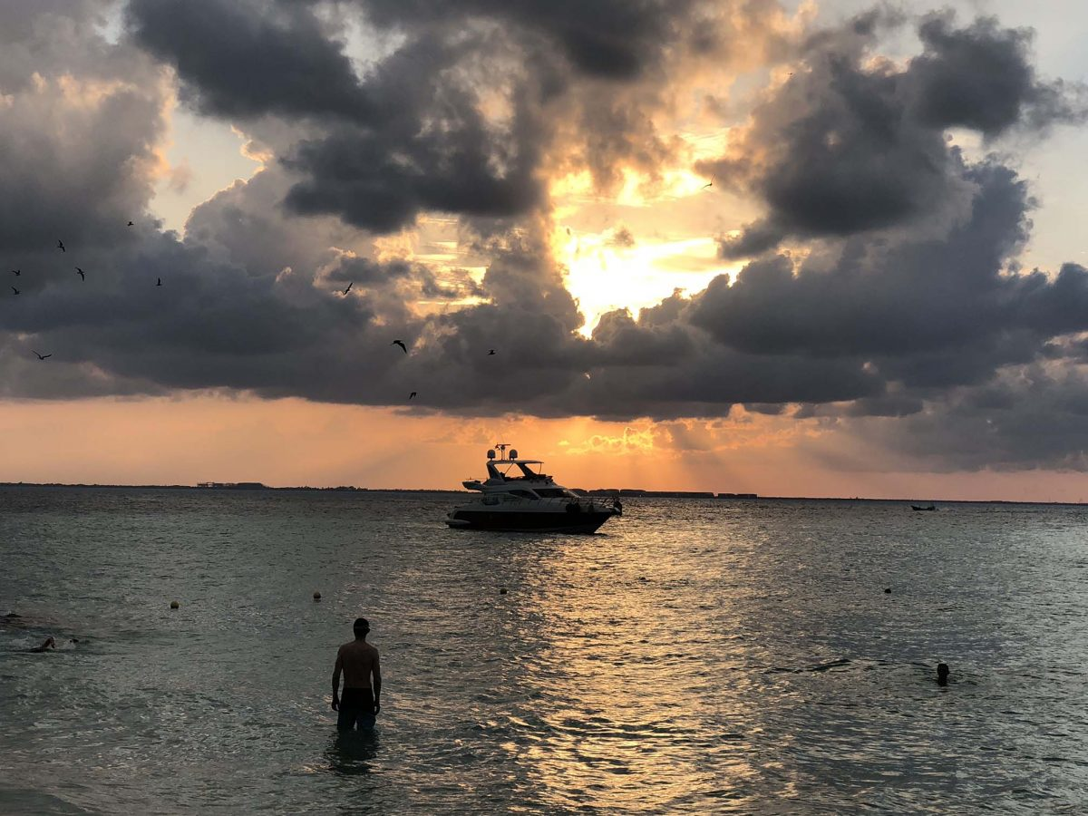 Isla Mujeres, an island to fall in love with
