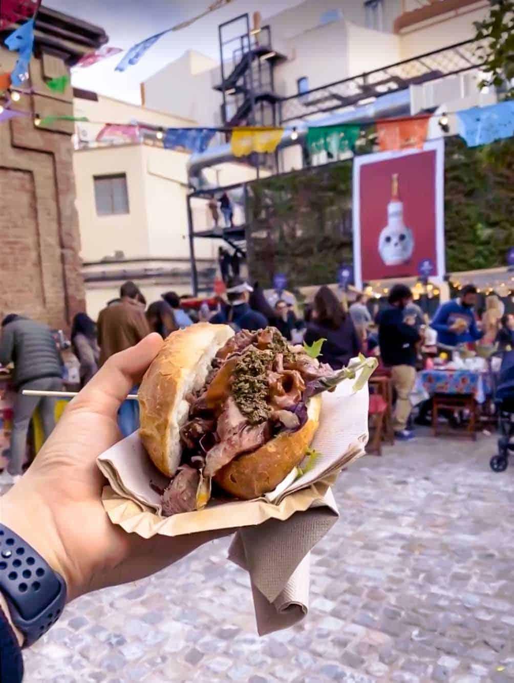 choripan argentina street food